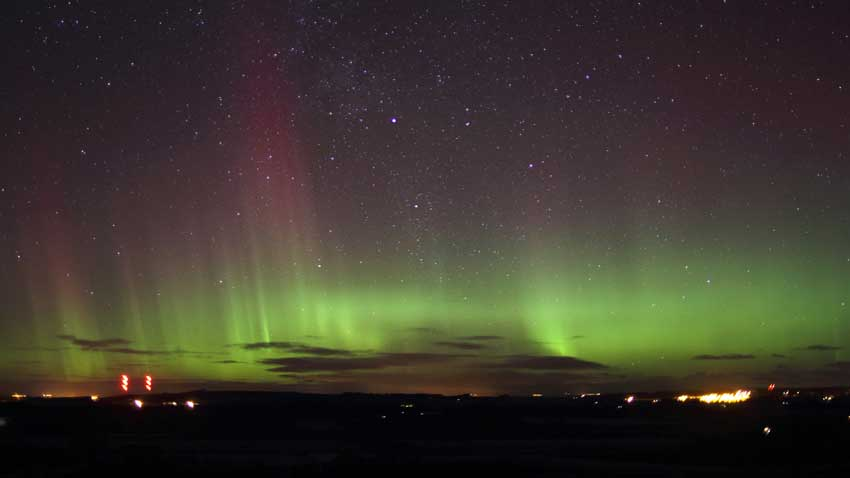 Photo of the Northern lights near Elgin & BBC iWonder - How can I see the Northern Lights in the UK? azcodes.com