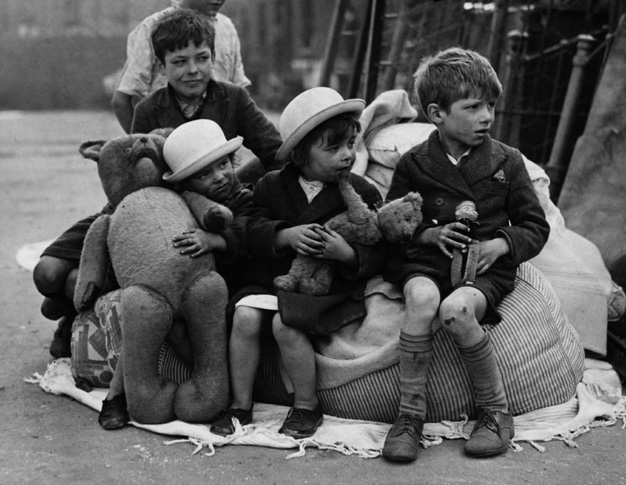 These children lost their homes after a bombing raid on london in 1940